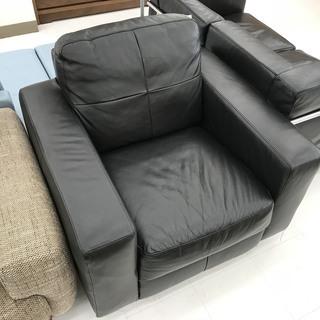 取りに来て頂ける方限定!IKEA(イケア)の1人掛けソファのご紹介です!
