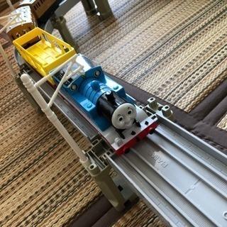 プラレール 高架橋 機関車トーマス