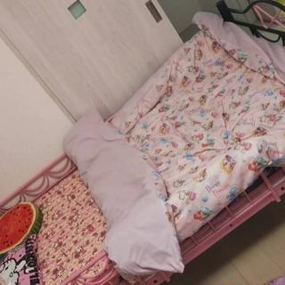 小悪魔ベッド