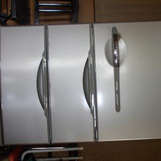 冷蔵庫。357L。三洋電機2004年製。