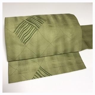 上質 正絹 名古屋帯 薄い緑 幾何学模様 中古品