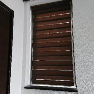 おしゃれロールスクリーン!細窓用、遮光・採光も出来る!