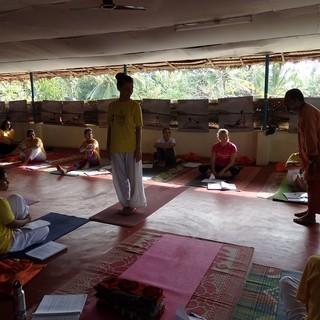 インド伝統ヨガ~シバナンダクラス