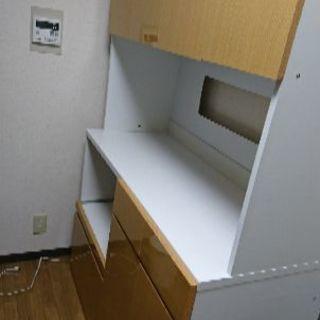 ☆取引中☆食器棚 ツルツル鏡面仕上げ  キッチンボード