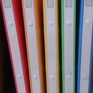 バインダー 5色 プラスチック製