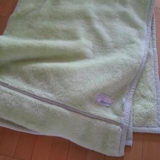 アクリル毛布
