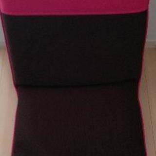 メッシュ素材 座椅子②