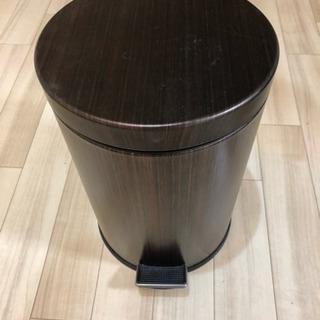 木目調ゴミ箱