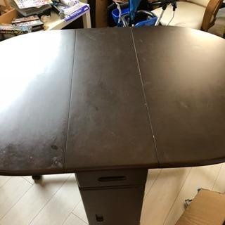 折りたたみダイニングテーブル(椅子4脚)