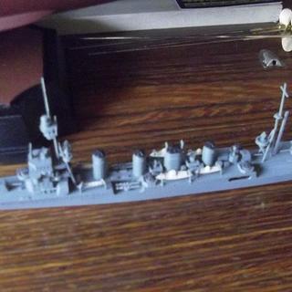 旧日本海軍 軽巡洋艦 神通 1/700 (完成品)