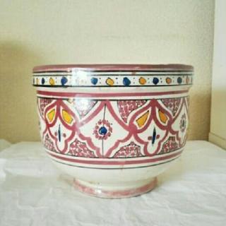 アラベスク文様の鉢
