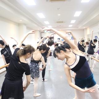 生徒募集中、今なら体験無料+α バレエ ジャズ シニア キッズ