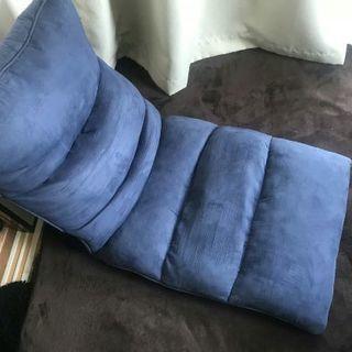 【無料】青い座椅子