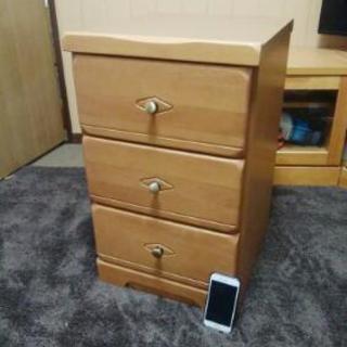 木製サイドチェスト