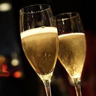 スパークリングワインと日本酒、ビールなど飲み比べ婚活