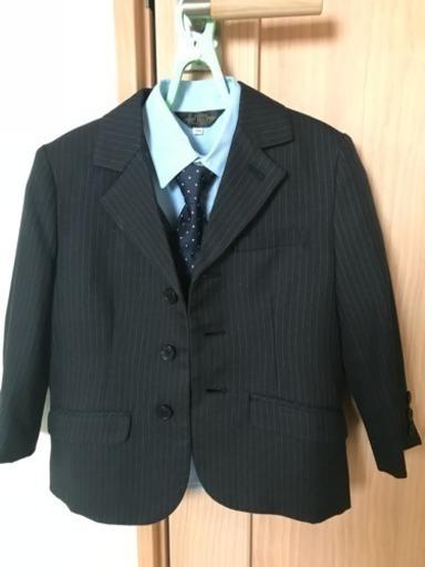 545d6584f7e03 男の子 スーツ 110 (大吉) 泉中央のキッズ用品《子供服》の中古 ...
