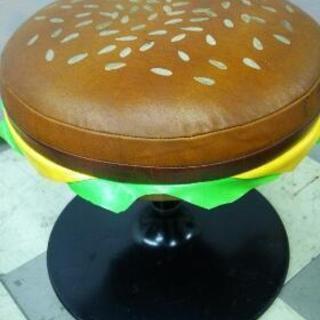 ハンバーガーデザインの回転チェアー