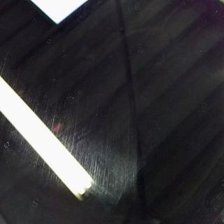 車のワイパー傷などのガラス傷消し研磨します。