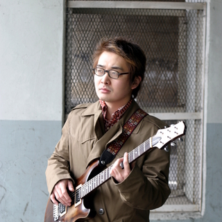 JR府中本町駅 徒歩1分のギター講座です。