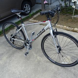 クロスバイク TREK 7.3