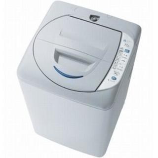 中古品ですが買ったばかりで綺麗です!全自動洗濯機【サンヨー4.2kg】