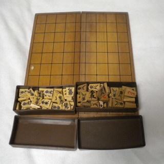 中古の将棋盤と駒2セット 無償提供