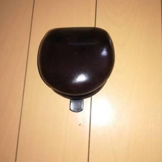 イタリア製 コインケース 丸型 本革 縫い目なし ブラック
