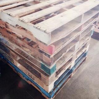 木製パレットDIYでベットも作れます