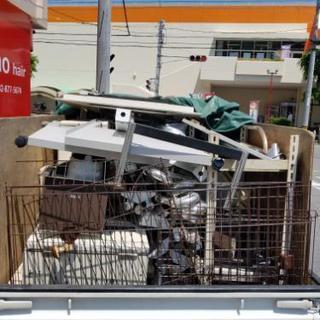 ゴミ処分や遺品整理や不要品回収します。