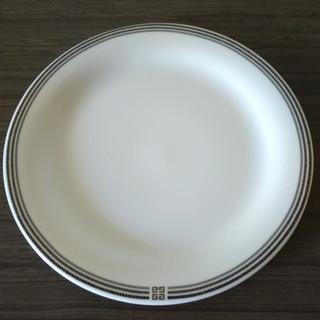 【未使用・ジバンシィのお皿セット】使いやすいシンプルデザイン「G...