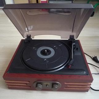 スピーカー付きレコードプレイヤー 針付き一万円ぐらいの品