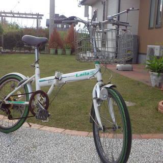 折りたたみ式自転車です!6速変速機!!