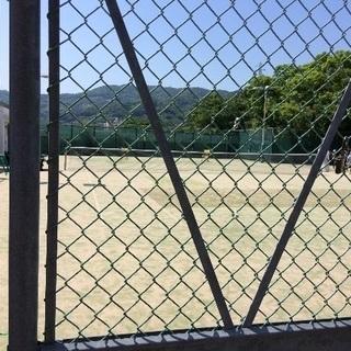 簡単なテニス レッスン。 硬式です。