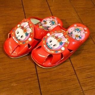 子供用サンダル(赤)
