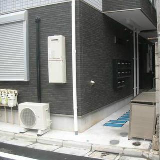 【👑池袋駅近くの築浅アパート👑】バストイレ別で6万円!浴室乾燥機付き♪