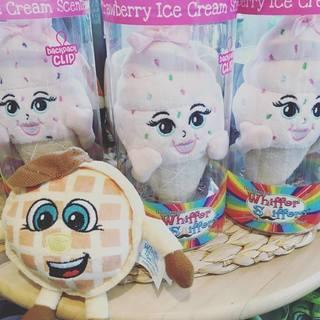 「アイスクリームの日」本日は12:00〜19:00まで営業してお...