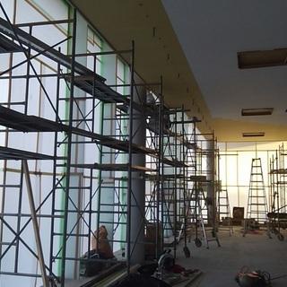 小規模な工事の仮設工事、解体工事、金属工事、内装下地などの多能工...
