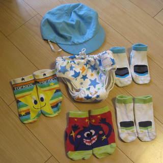 水遊び用おむつパンツ サイズ90 ベビー用水着 帽子や靴下も一緒に
