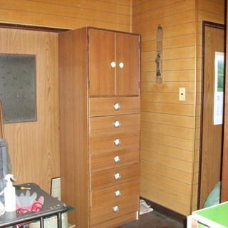 戸棚(7段引き出し)