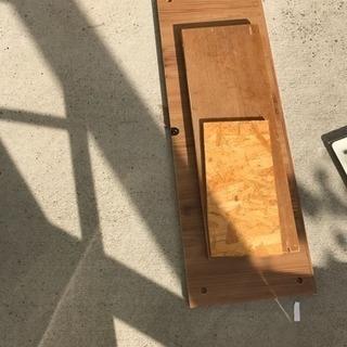 手作りのボックス、DYI用木材 − 大阪府