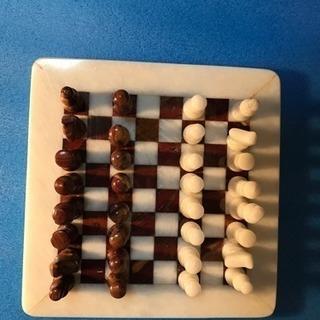 チェス板と駒(小さいほう)