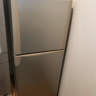 TOSHIBA 冷蔵庫【再出品】