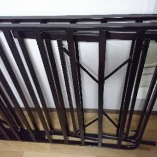 シングル用折りたたみパイプベッド