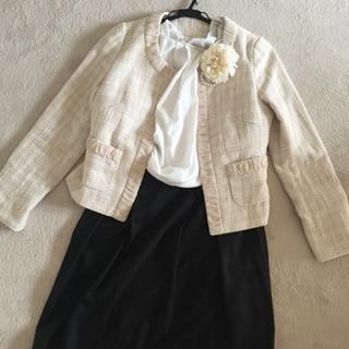 25000円、ジャケット、スカート、ブラウス、コサージュ 4点セ...