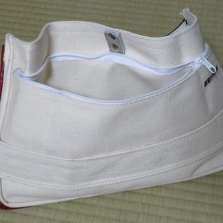 廃品(懐かしい学用品)を使って【バッグインバッグ】を作ってみました。