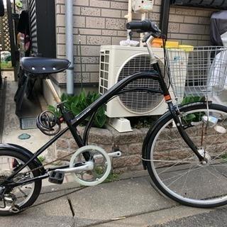 人目を引く、現代版だるま自転車