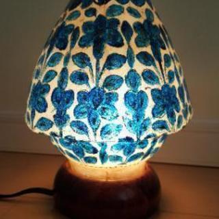 ベッドサイド用ランプ
