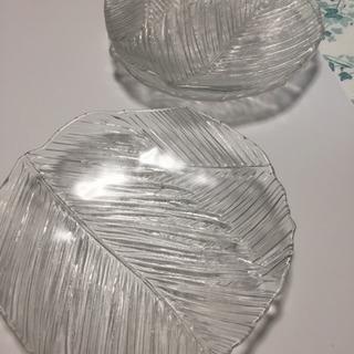 新品未使用☆ガラス皿3枚