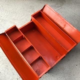スチール製工具箱