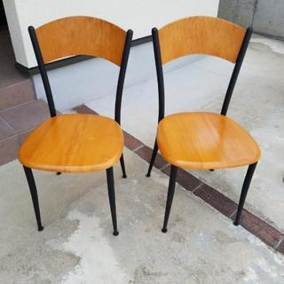 椅子 二脚